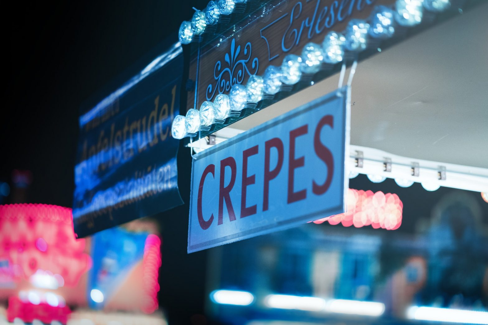 crepes sign